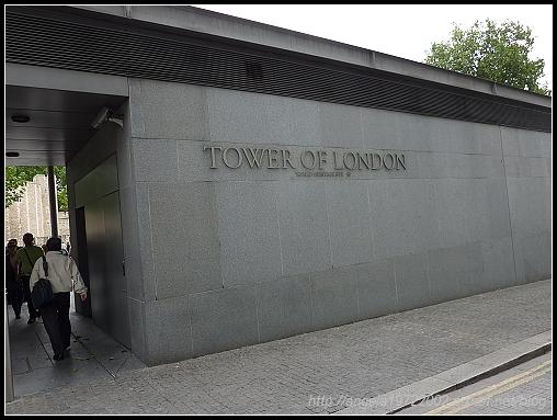 2-London Tower02.jpg