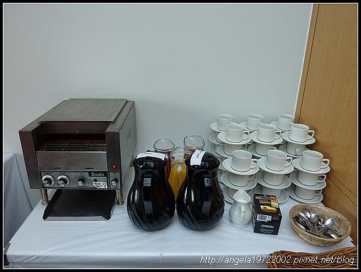 2-Breakfast02.jpg