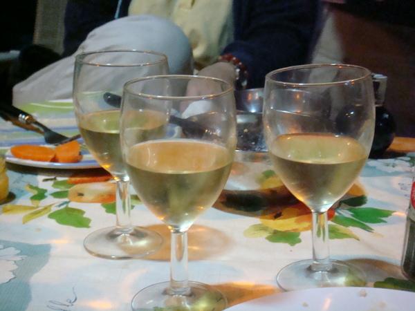 晚餐的白酒
