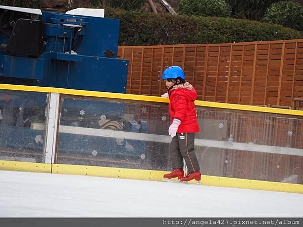 20180126枚方公園玩❄️溜冰_180223_0053.jpg