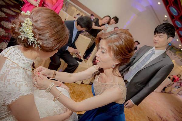 台北婚攝推薦-婚禮紀錄(42)