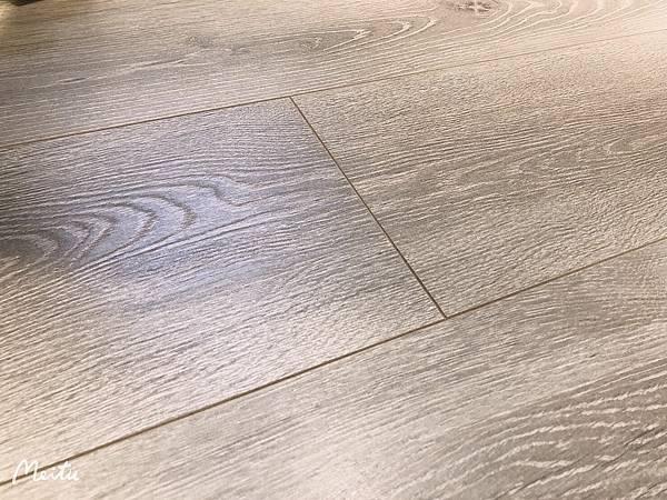 超耐磨木地板的接縫處.jpg