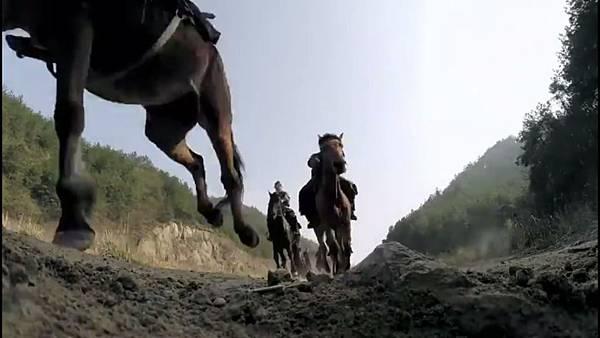 ep 32  horses 2.jpg