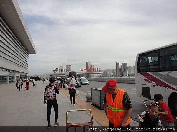 青藏鐵路小紅帽