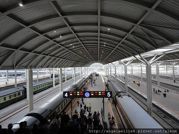 青藏鐵路西寧站