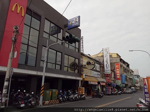 麻豆中山路上McDonald%5Cs 1.jpg