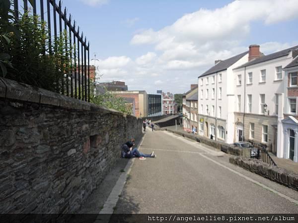 Derry%5Cs Wall walking tour