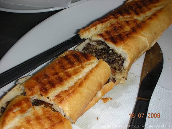 Panini with Haggis %26; Sausage.JPG