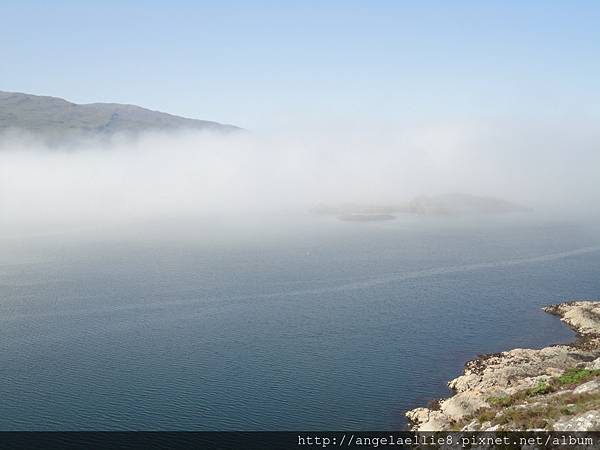 Skye Bridge被濃霧擋住了