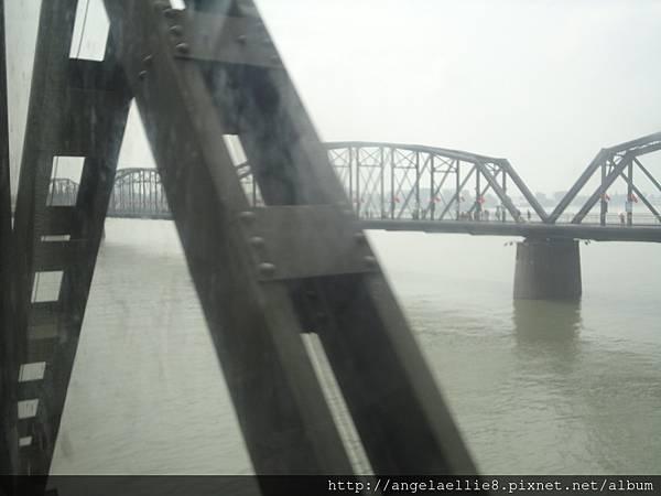 鴨綠江丹東新義州斷橋