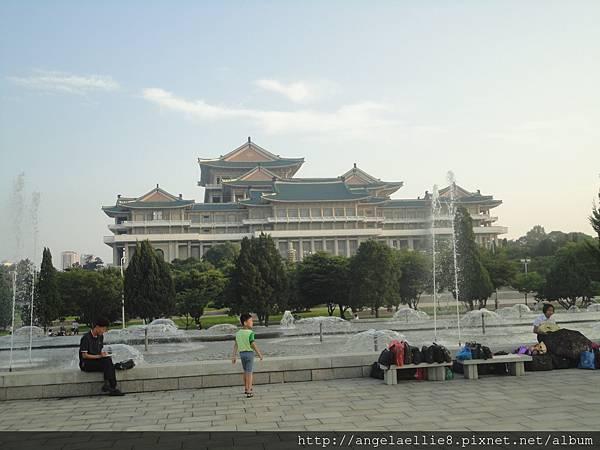 平壤朝鮮人民大學習堂