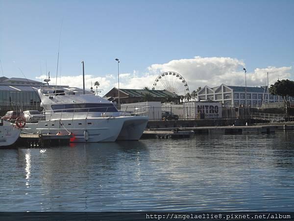 Waterfront Harbor Cruise