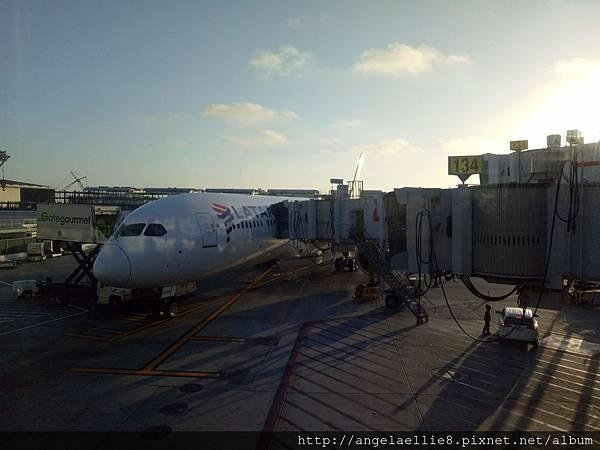 LAX airport.jpg