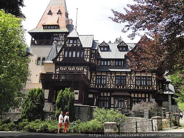 Sinaia Pelisor Castle