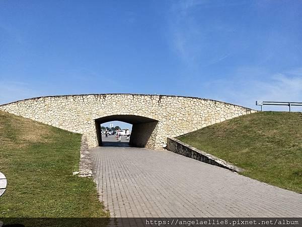 Hill of Crosses 7.jpg