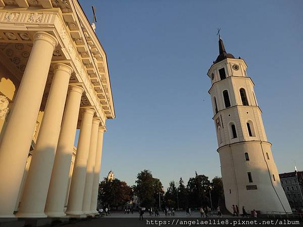 St. Stanislovo arkikatedra bazilika Church 鐘塔