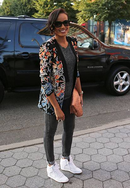 Selita-Ebanks-BCBG-Blazer-Nike-Sky-High-Wedge-Sneakers