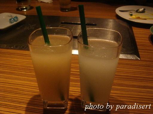 葡萄柚荔枝冰沙及檸檬蘆薈(蜂蜜檸檬?)冰沙
