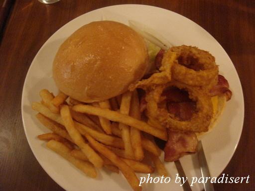 牛捲風牛肉起士漢堡