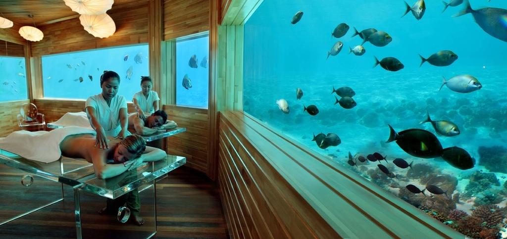 114025huvafen fushi underwater spa