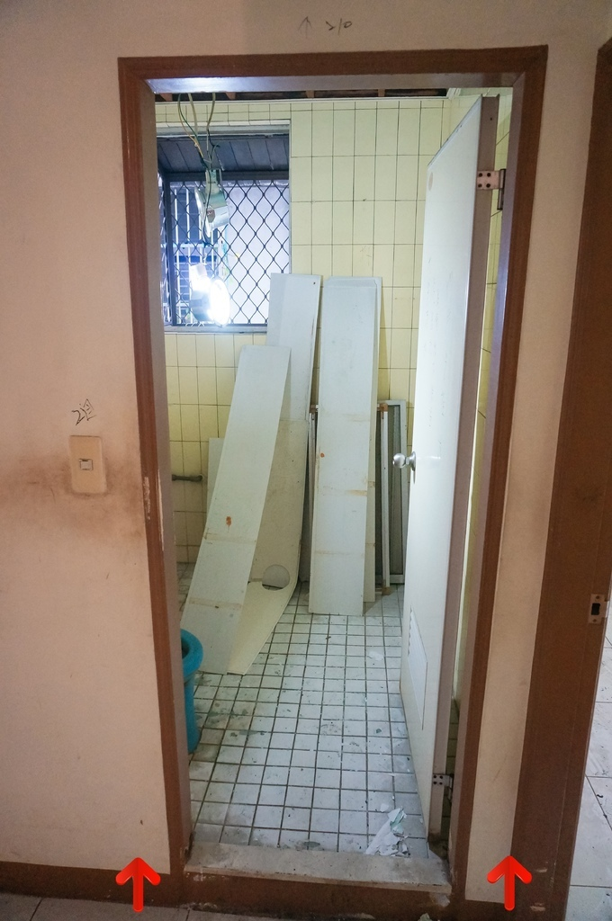 廁所墊高_DSC07490OK.JPG