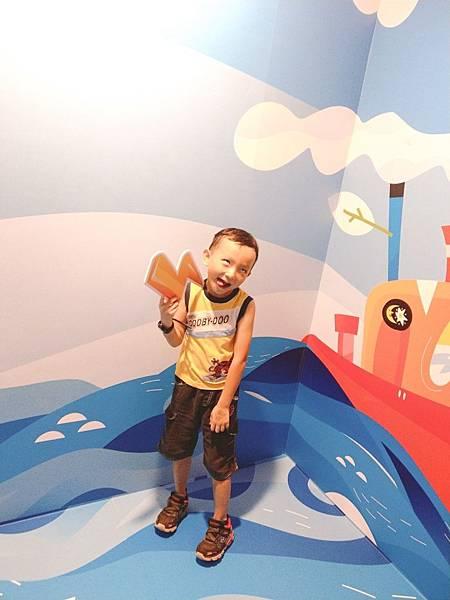 魔法練習生-主題攝影棚海盜船6.jpg