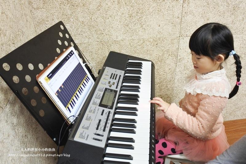 Casio魔光電子琴1