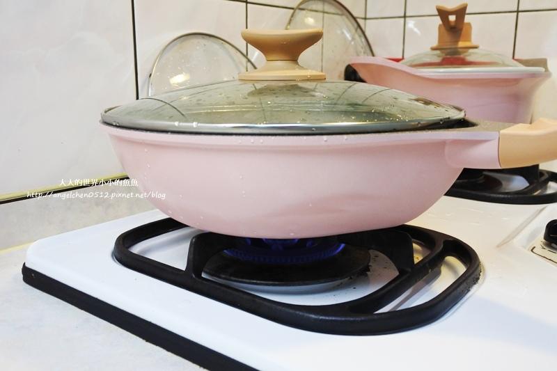 瑞士百年品牌粉貝殼不沾鍋三鍋六件組1