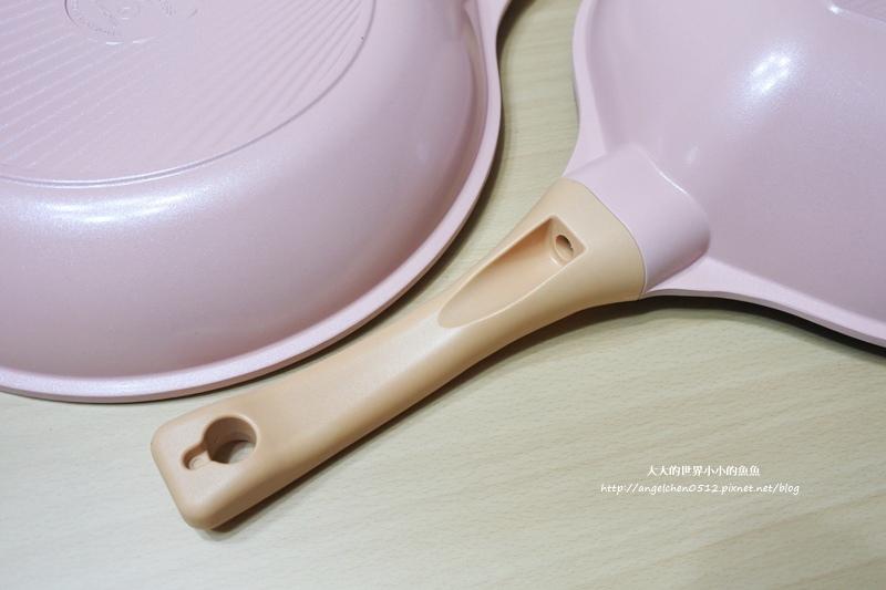 瑞士百年品牌粉貝殼不沾鍋三鍋六件組8