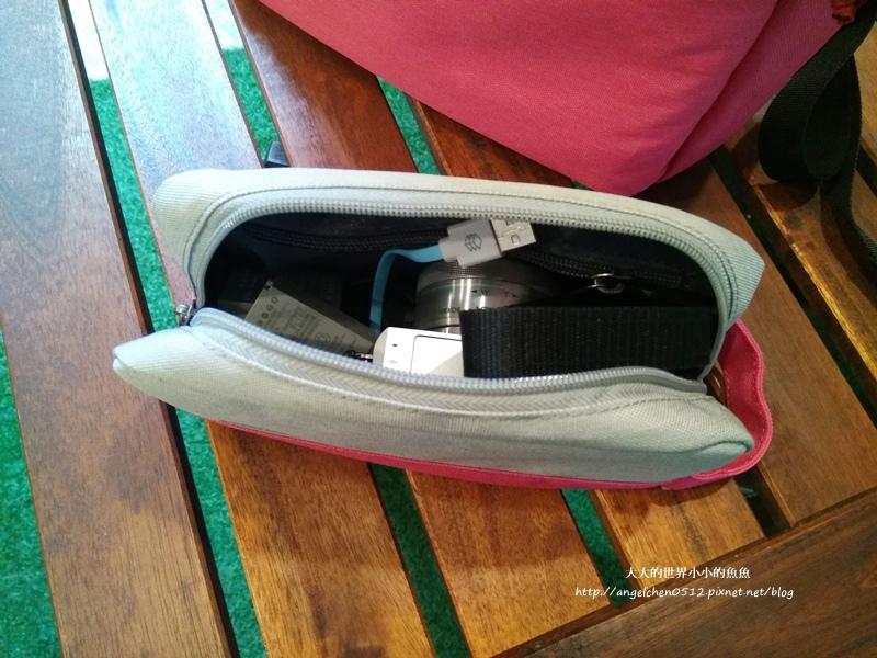 UTmall USB充電背包5