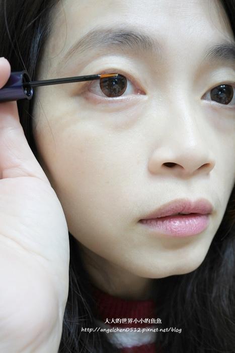 睫毛精華液7
