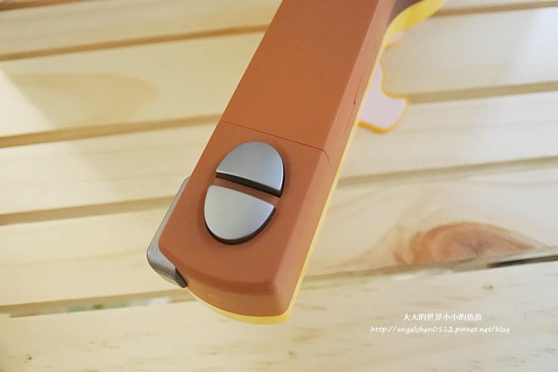 電動身高測量器15