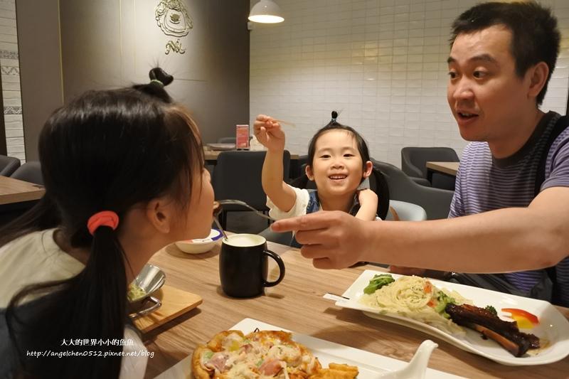 台中愛戀商旅+Nu杯杯麵16
