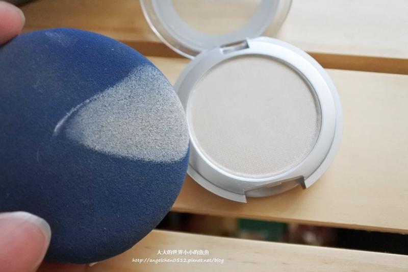 水噹噹持久粉底液+珠光透明粉餅旅用型9