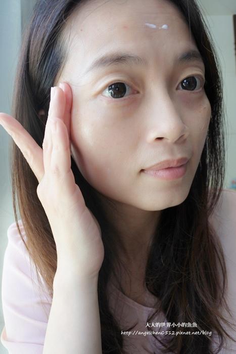 DF美肌醫生 白夏菊超輕感防曬凝露SPF50+ ★★★★6