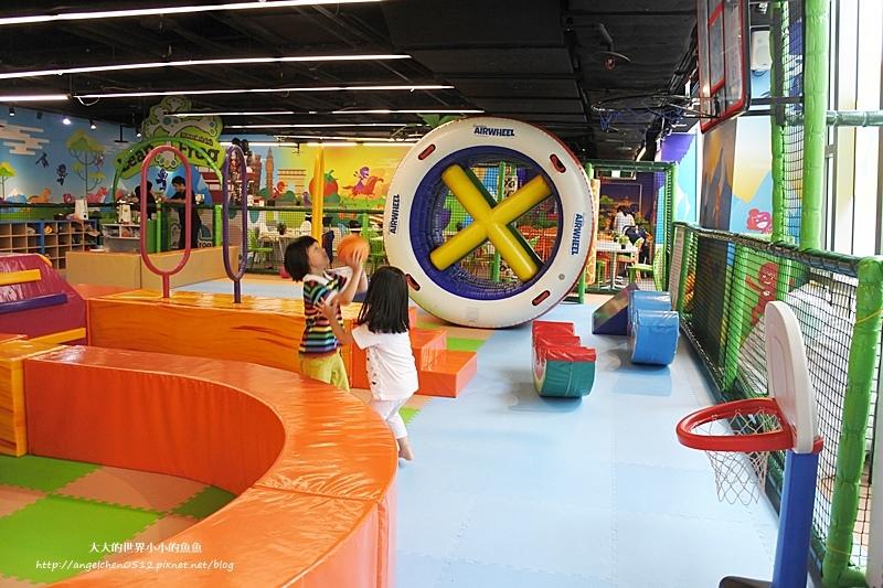 松山區親子餐廳 京華城  跳跳蛙親子運動餐廳9