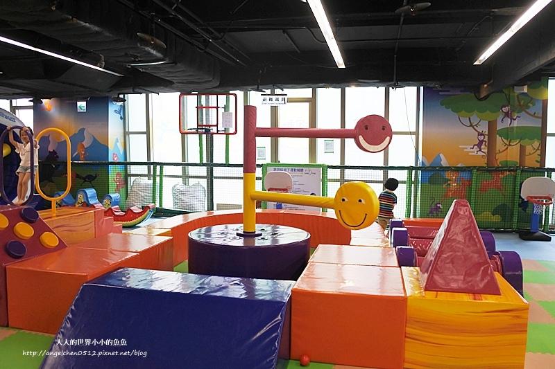 松山區親子餐廳 京華城  跳跳蛙親子運動餐廳14