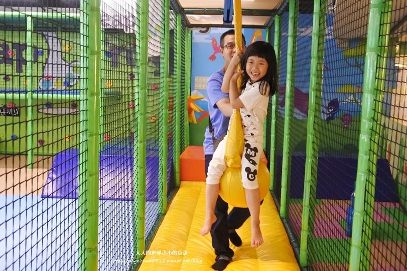 松山區親子餐廳 京華城  跳跳蛙親子運動餐廳13