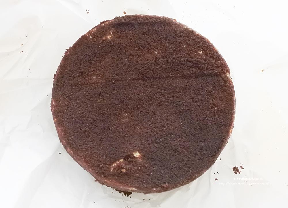 LeTAO巧克力雙層乳酪蛋糕 北海道澤西牛乳生乳捲10
