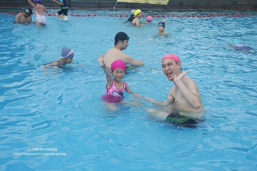 5桃園龍潭親子玩水一日遊小人國主題樂園~遊遍全世界、轟浪水樂園、恐龍親水廣場 玩水節