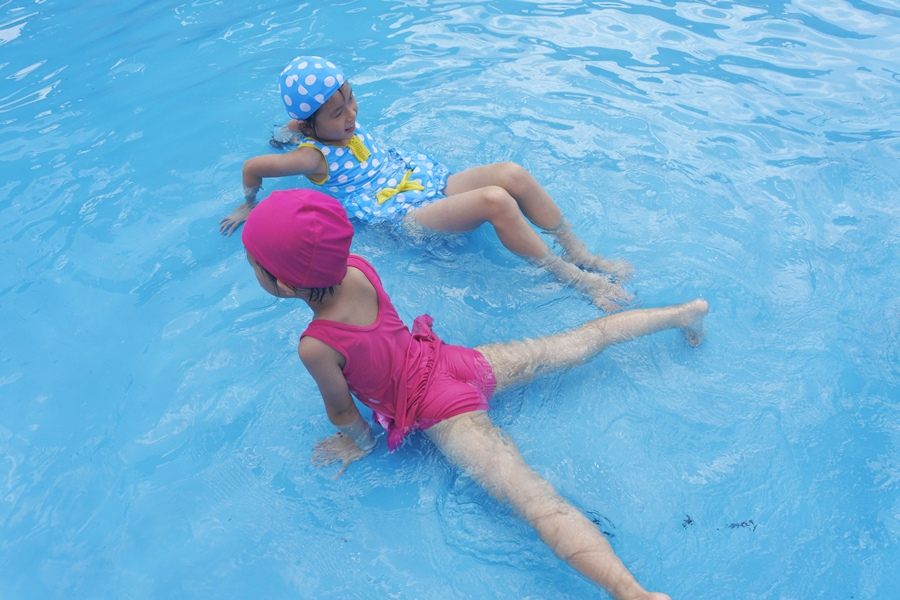 6桃園龍潭親子玩水一日遊小人國主題樂園~遊遍全世界、轟浪水樂園、恐龍親水廣場 玩水節