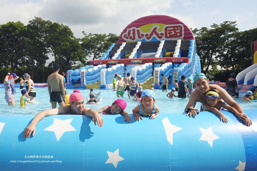 5龍潭親子玩水一日遊小人國主題樂園~遊遍全世界、轟浪水樂園、恐龍親水廣場 玩水節