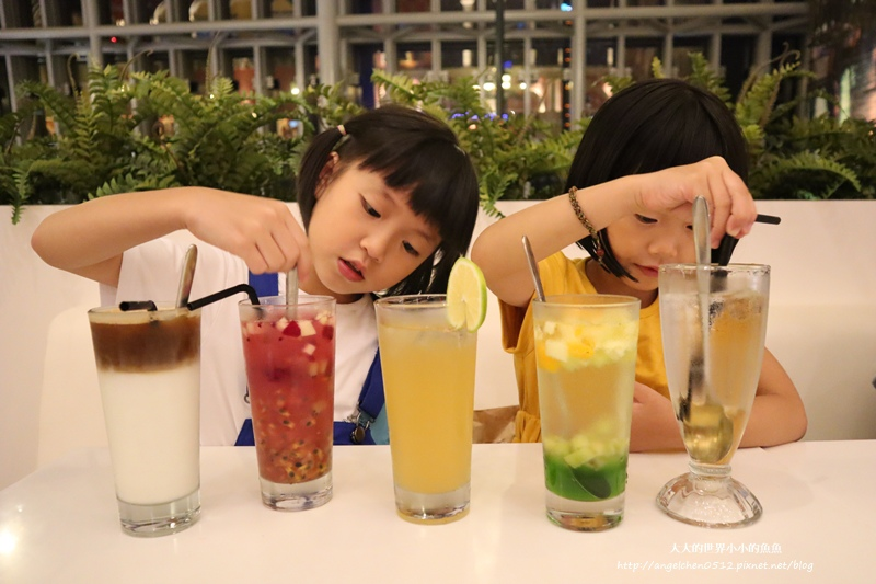 板橋大遠百ALESSI Cafe26