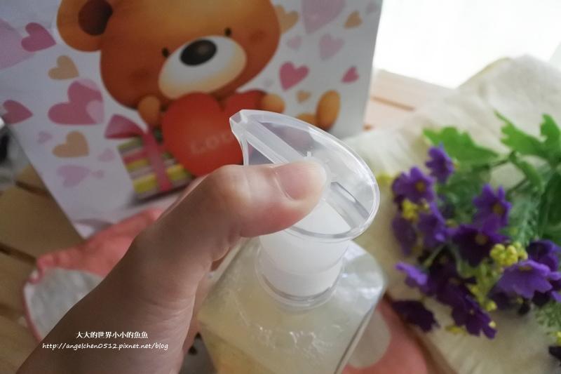 舒耐潔-玫瑰洗髮沐浴乳5