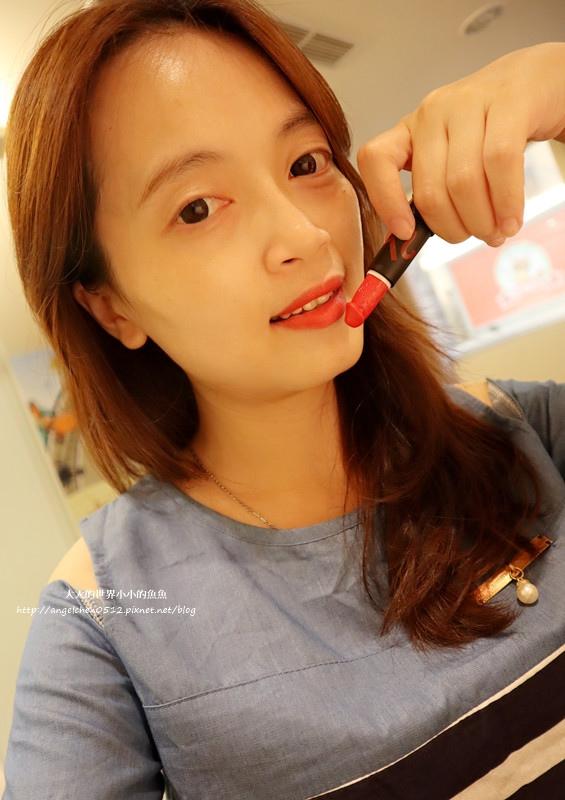 86小舖Miss Hana粉底液  Sexy Q 舔言秘語蘑菇潤澤唇膏16