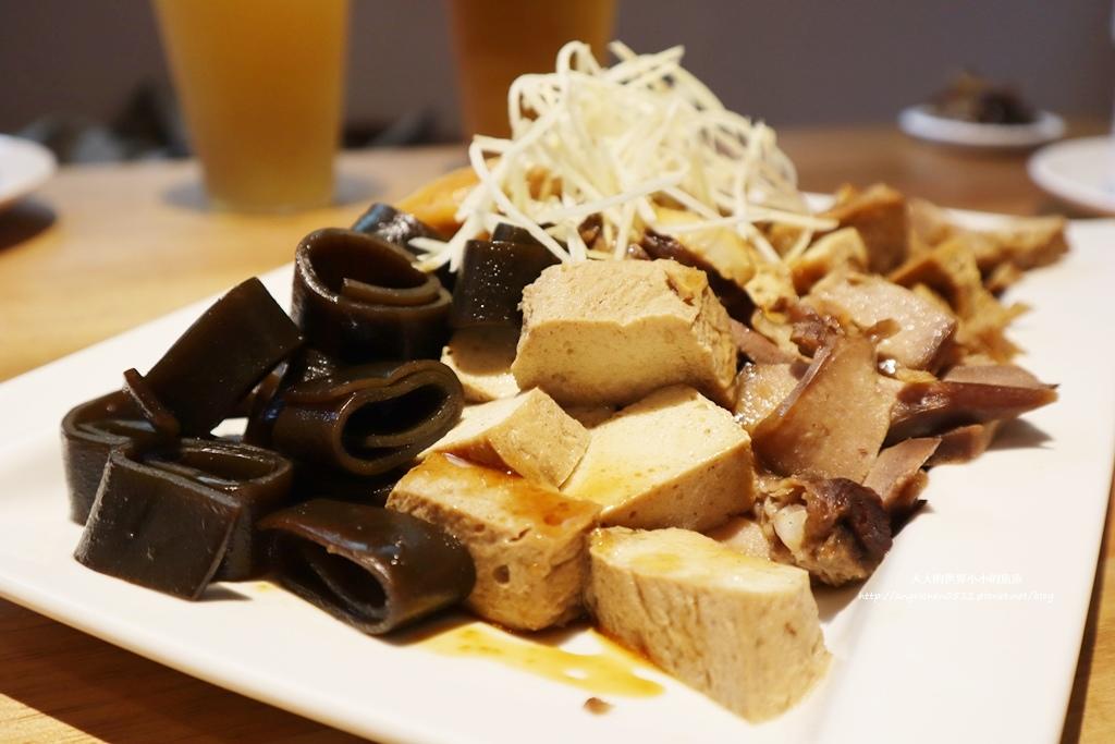 中和美食 新北米其林推薦 Taipei Michelin guide 雙月食品社中和店 養生 雞湯 東石鮮蚵必點  遠東世紀廣場對面 台北米其林小吃餐廳31