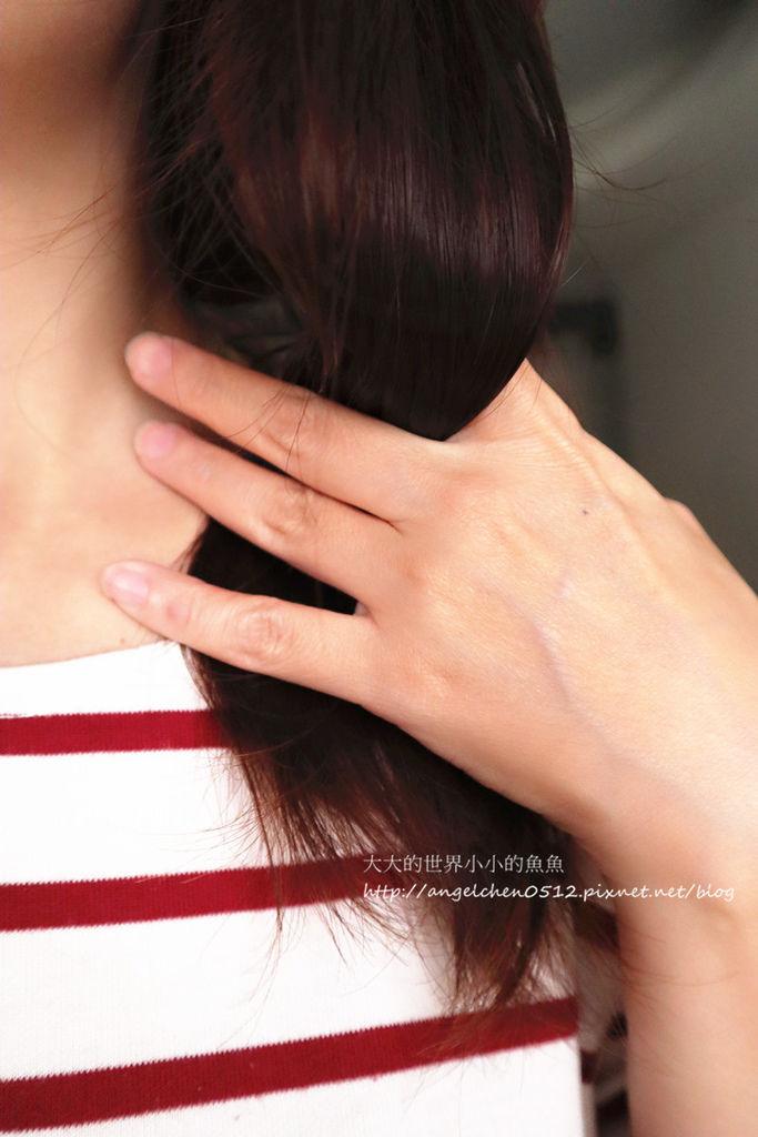 日本女孩都愛用~la sana 潤紗娜 海藻精萃護髮露 1