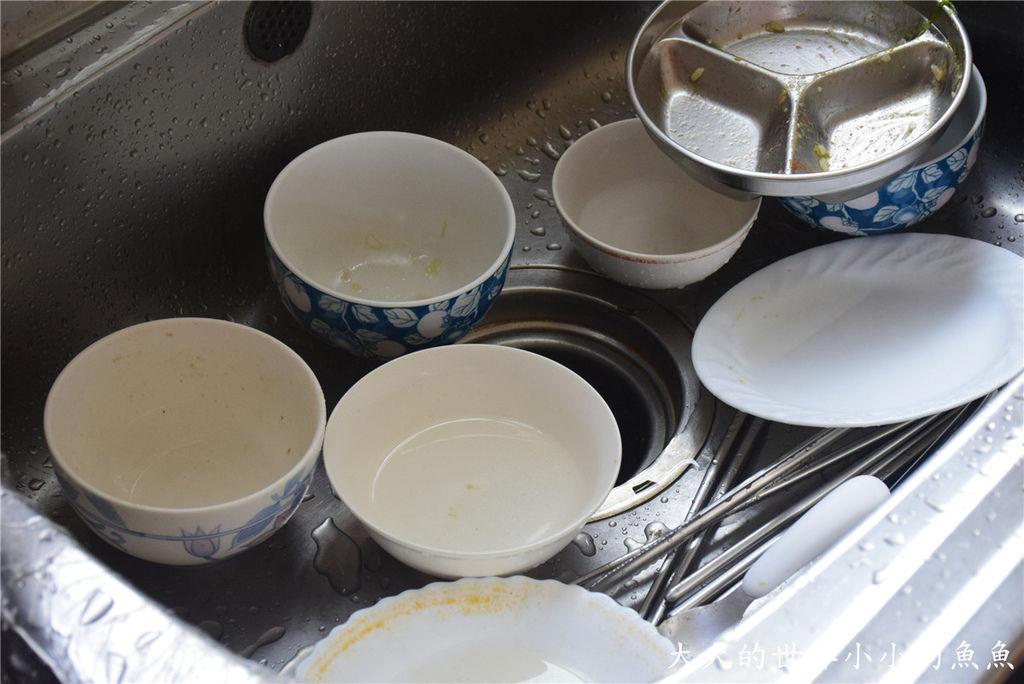 Frigidaire桌上型六人份洗碗機68
