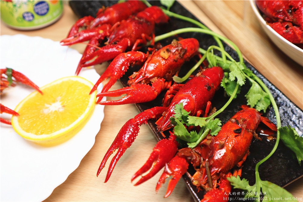 海鮮市集  十三香小龍蝦123