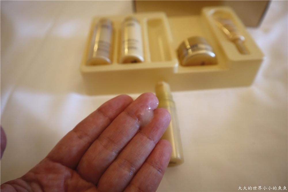 IOPE艾諾碧 完美恆采持色氣墊粉底 時光金鑰緻顏全套體驗組74